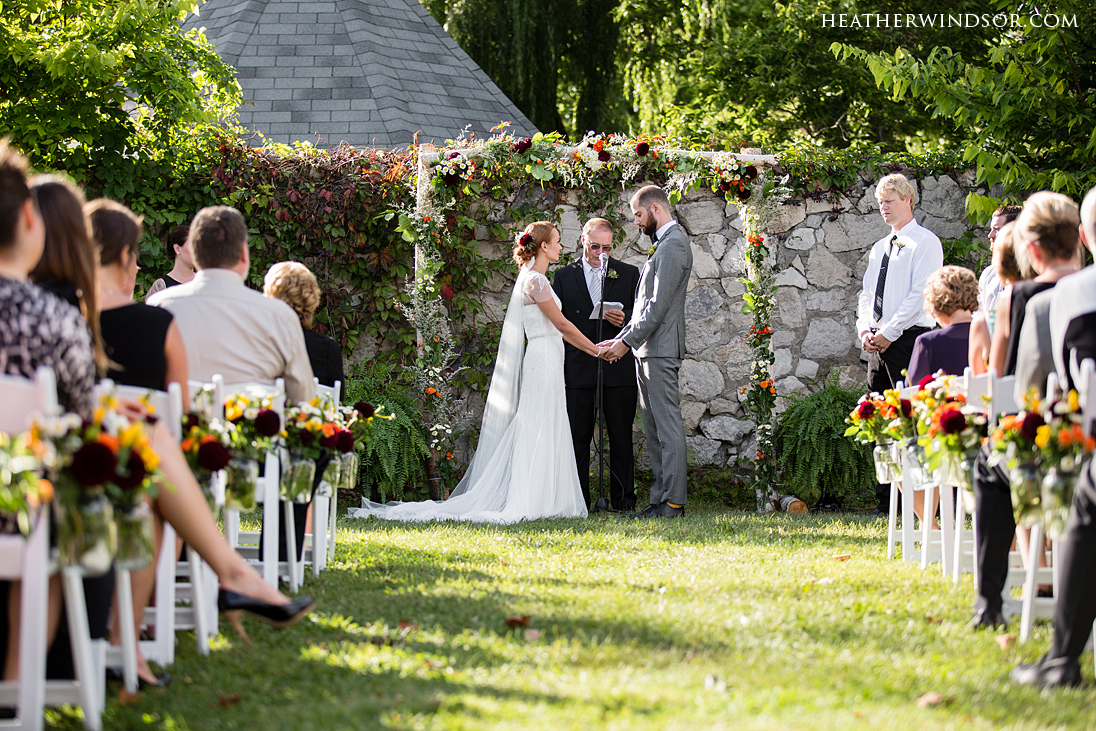 The Best Rustic Farm And Barn Wedding Venues In Ontario
